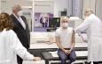 NRW-Gesundheitsminister Karl-Josef Laumann besucht Essener Impfzentrum