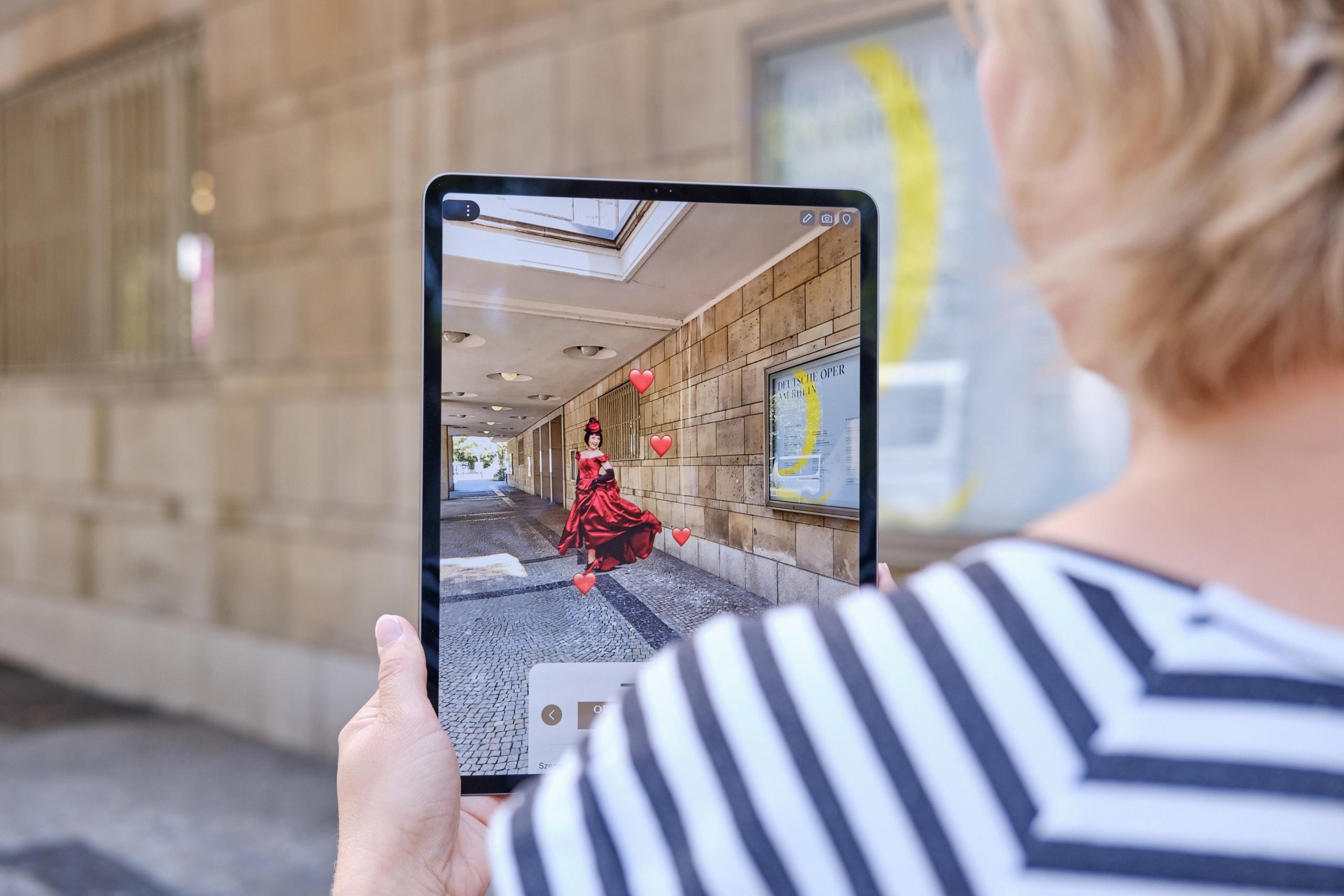 Augmented Reality im Opernhaus Düsseldorf und im Theater Duisburg